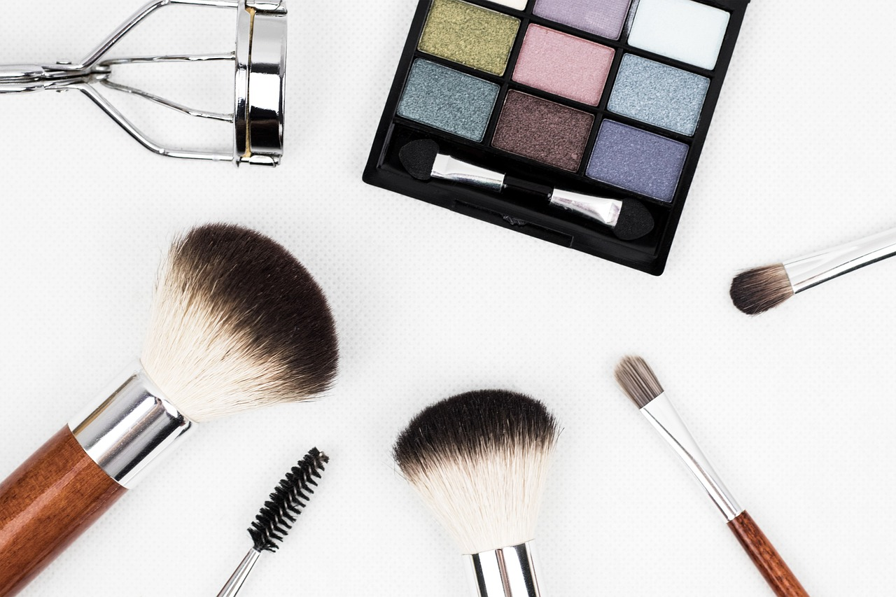 Makeup 101: Things You Need To Have